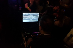 Dj Dave in console